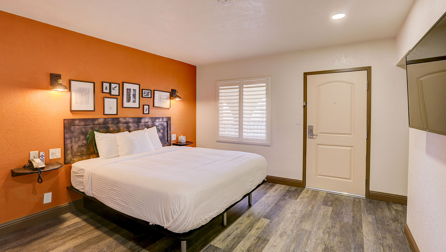 BOUTIQUE GUEST ROOMS LOCATED IN THE HEART OF SACRAMENTO